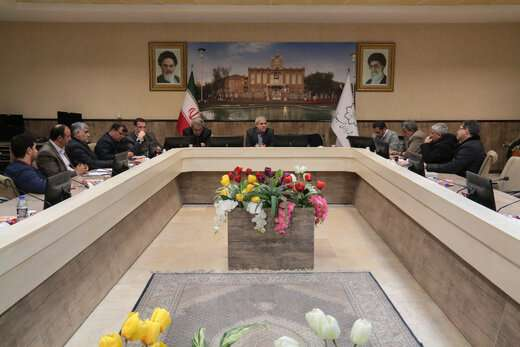 شهرداری تبریز به استقبال بهار می رود/ از لکه گیری آسفالت معابر تا زیباسازی و گلکاری شهر