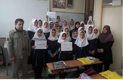 طرح یک ساعت با محیط بان در ۱۳ مدرسه استان اردبیل