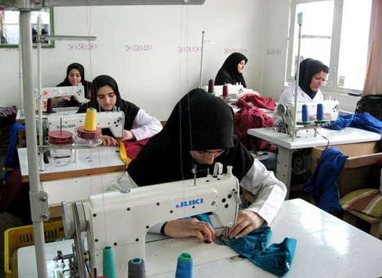ضمانت تسهیلات زنان سرپرست خانوار تا سقف ۵۰۰ میلیون تومان