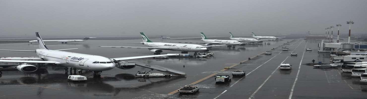 مشکلی در پروازهای فرودگاه مهرآباد وجود ندارد/ انجام چند پرواز با تاخیر به دلیل شرایط جوی نامناسب