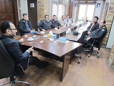 در آستانه فرا رسیدن سال نو، نشست ساماندهی و انضباط بخشی خیابان مولوی و شهید انصاری تشکیل شد