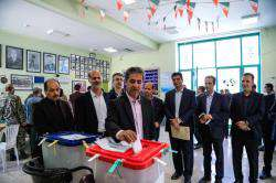 انتخابات نمایندگانی مطالبه گر خواسته های مردم با مشارکت گسترده در انتخابات