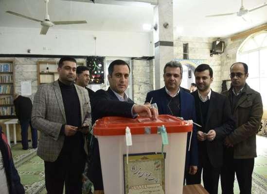 همگامی شهردار ساری با مردم در انتخابات مجلس شورای اسلامی