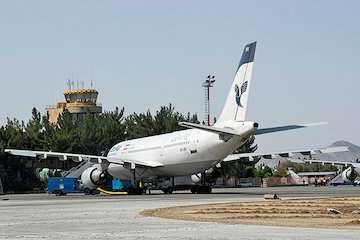 آغاز عملیات جابجایی دیوار حفاظتی شرق و شمال شرق فرودگاه/ بهسازی فرودگاههای بین المللی زاهدان، ایرانشهر، زابل و سراوان/برقراری هر هفته ۱۰۶ پروازدر فرودگاه زاهدان