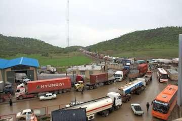 مرزهای ترکیه نیمه تعطیل/ بسته شدن مرز مهران به دلیل نبود نیروی انسانی/ بسته شدن مرز پاکستان به دلیل استقرار قرنطینه