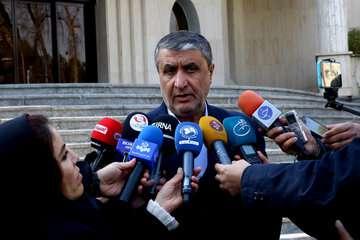 اسلامی: وزارت بهداشت برای بازگشایی مرزهای زمینی درحال رایزنی است