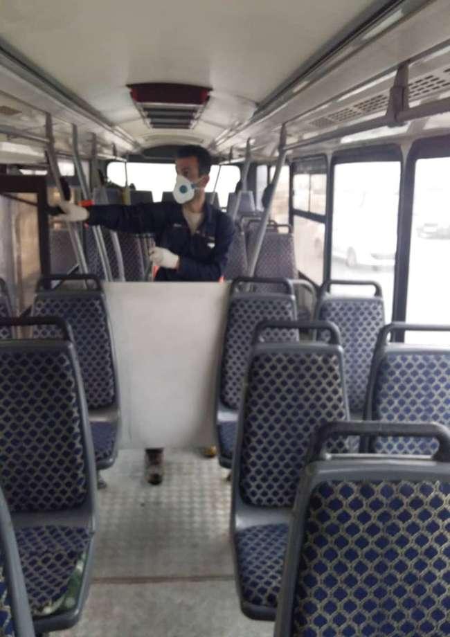ضدعفونی مستمر اتوبوسهای درون شهری بندرانزلی