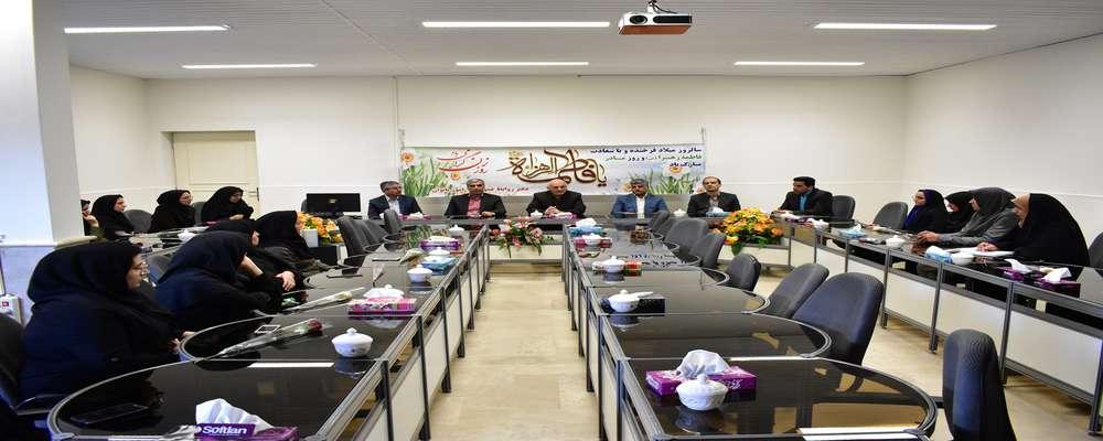 تشریح عملکرد امور زنان و خانواده برق منطقهای یزد در هفتهی زن