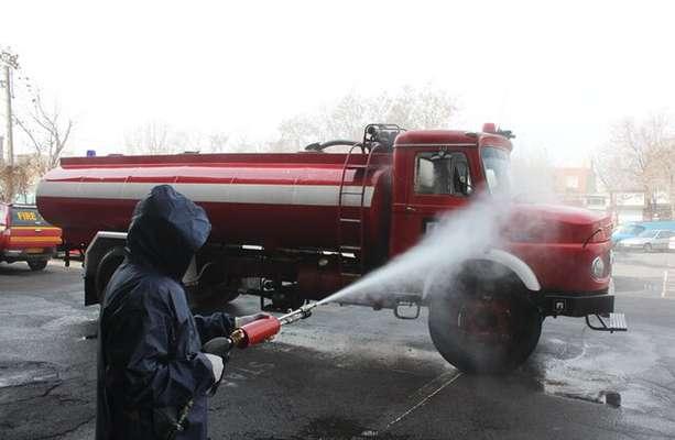 اقدامات پیشگیرانه و ضدعفونی تجهیزات عملیاتی سازمان آتش نشانی تبریز انجام شد
