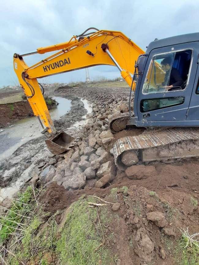 پیشرفت 40 درصدی دیواره سازی رودخانه کانرود آستارا