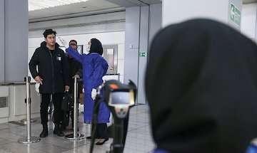 مشکلی برای تامین مواد ضدعفونی و ماسک نداریم / پایش تمامی مسافران پیش از ورود به کشور