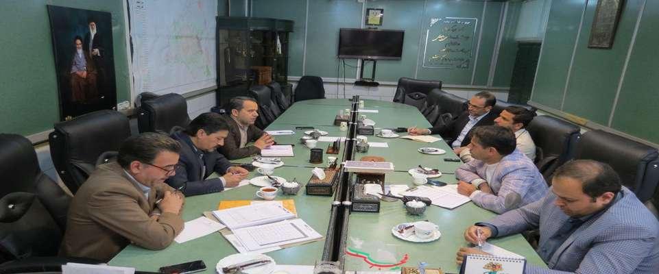در كمیسیون خدمات شهری شورا مطرح شد: نصب المان شهری در میدان امام خمینی و چهار ایستگاه خط واحد زیبا در سطح شهر
