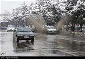 بارش برف و باران در جاده های ۴ استان/هشدار وقوع بهمن در محورهای کوهستانی