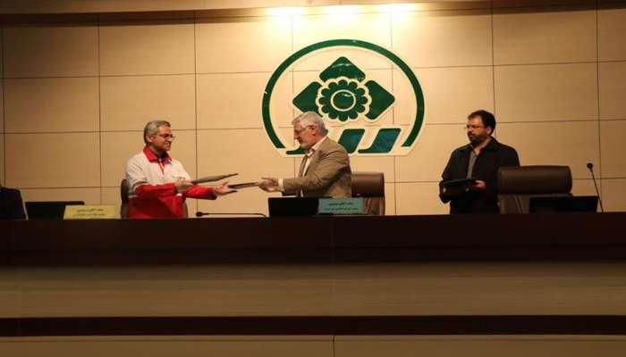 امضای تفاهمنامه سهجانبه بین شورای شهر، شهرداری شیراز و جمعیت هلال احمر فارس
