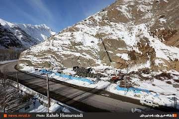 رانش کوه در منطقه ۴ آزادراه تهران-شمال بوده است