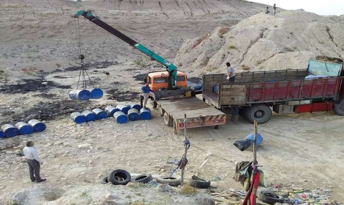 جمع آوری یک واحد غیرمجاز  تولید چربی صنعتی در شرق بندرعباس