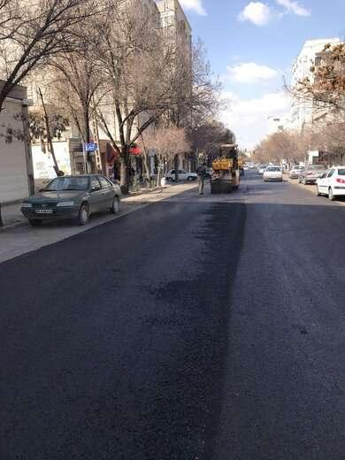خیابان قطران جنوبی با ۳هزار و ۲۰۰ مترمربع آسفالت ریزی اساسی شد