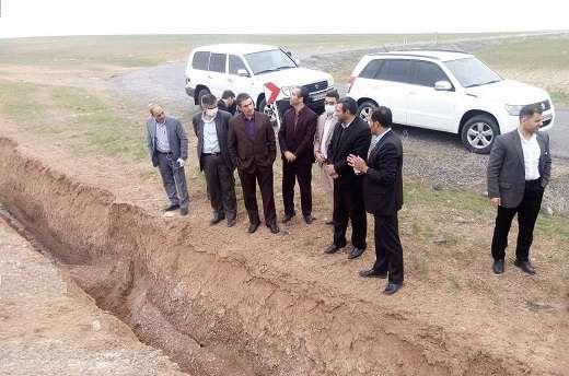بازديد استاندارمركزي از پروژه آبرساني به 5 روستا از مجتمع  كمال صالح شهرستان شازند