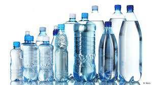 انسانها تقريباً چند گرم پلاستيك در هر ماه مينوشند!