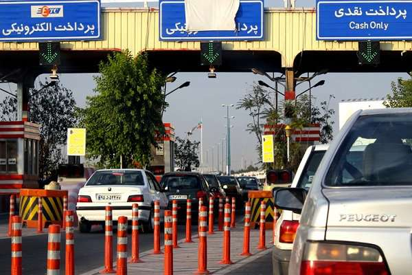 ترافیک سنگین در اتوبان تهران - قم