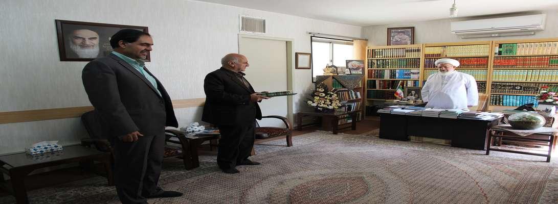 دیدار صمیمانه مدیرعامل برق منطقهای یزد با نماینده ولیفقیه