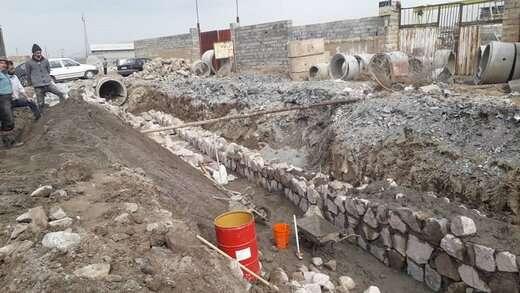 تداوم اجرای عملیات احداث کانال سنگی با هزینه بالغ بر ۱۱ میلیارد ریال