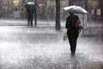 بارش باران در نیمه شمال شرقی کشور طی روز جمعه/ ورود سامانه قدرتمند بارشی از روز یکشنبه به کشور/ کاهش دما در هفته آینده/ احتمال بارش برف در مناطق سردسیر