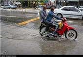 برف و باران در جادههای ۸ استان/ترافیک سنگین در آزادراه تهران-کرج-قزوین