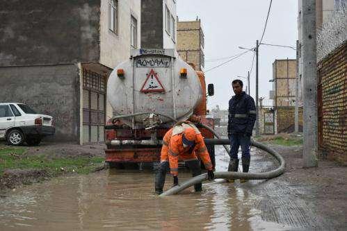 به کارگیری تمامی امکانات خدمات شهری به صورت ۳شیفت در پی بارش ها
