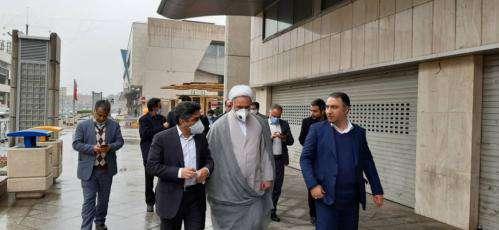 بازدید بازرس کل استان از روند ضد عفونی کردن معابر و اماکن عمومی