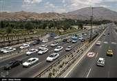 ترافیک سنگین در آزادراه تهران-کرج-قزوین/ بارش باران در جادههای ۶ استان