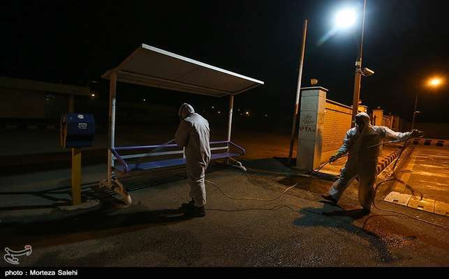 گزارش تصویری / طرح ضدعفونی شبانه شهر مبارکه از ۲۲ اسفند ماه ۹۸با 30 اکیپ مردمی و جهادی همچنان ادامه دارد