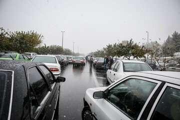 ترافیک سنگین در برخی مقاطع آزادراه تهران- کرج- قزوین