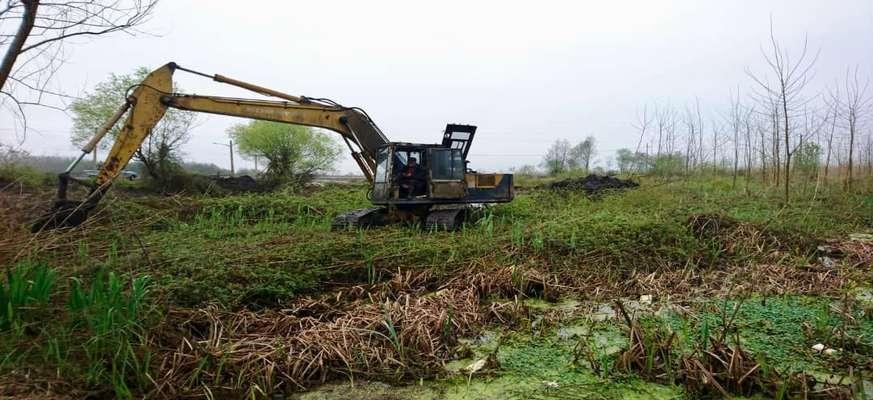 جلوگیری از تخریب تالاب بین المللی انزلی با توقیف ۲ دستگاه بیل مکانیکی