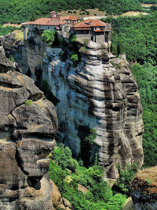 معماری شگفتانگیز ۱۰ معبد و کلیسای معروف