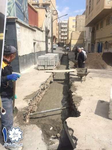 اجرای عملیات احداث کانال کوچه دوزدوزانی