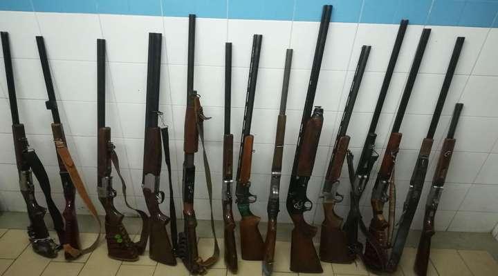 توقف برداشت غیر مجاز شن و ماسه و ضبط سه قبضه سلاح شکاری در شهرستان سیاهکل