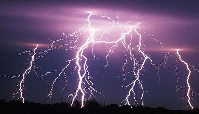 احتمال برخورد صاعقه و تگرگ در برخی استان ها/ آسمان پایتخت تا پایان هفته بارانی است