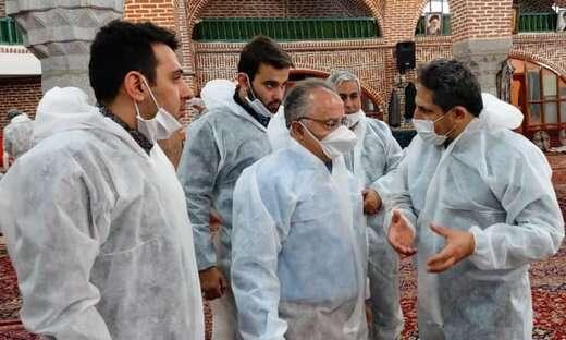 بازدید شهردار و رئیس شورای شهر تبریز از محل تولید اقلام بهداشتی در مسجد صاحب الامر