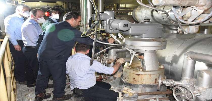 در نیروگاه شهیدرجایی قزوین انجام شد؛ تعمیر یک دستگاه والو موتوری واحد بخاری بدون خروج از شبکه تولید