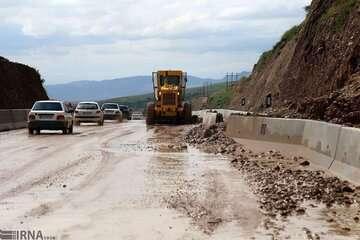 راه ارتباطی ۲۰ روستای سوادکوه بازگشائی شد