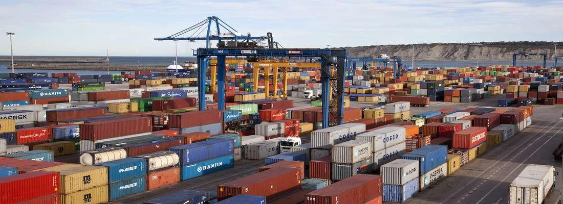 رشد ۴۶ درصدی جابه جایی  و واردات کالای اساسی به کشور