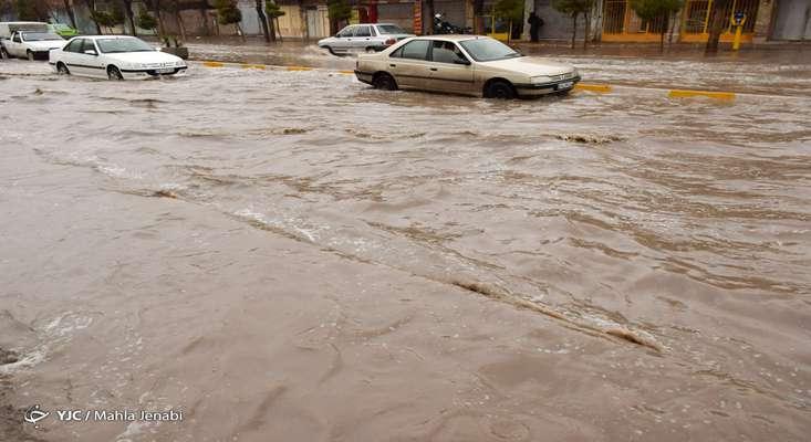استمرار بارش باران در برخی از استانهای کشور