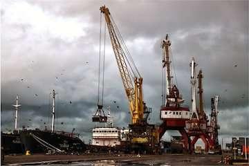 رشد ۳۴۸ درصدی صادرات غیر نفتی از بندر انزلی/ افزایش ۶۶ درصدی تخلیه و بارگیری کالا