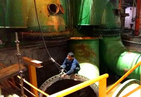 شسـتشو ورسوب زدایی شیمیایی لـولـه هـاي كـندانسـور به روش غرقابی در واحد ۳ بخار نیروگاه بندرعباس