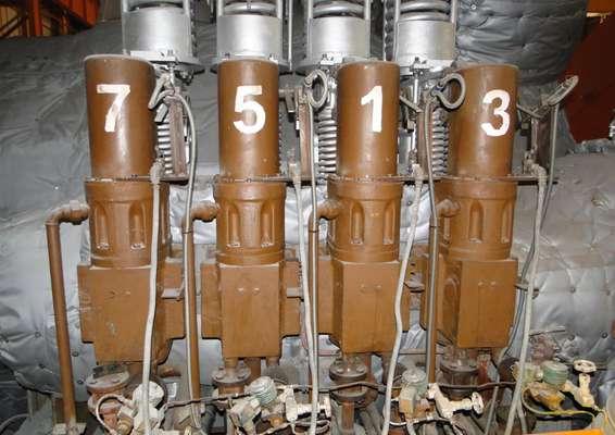 سرویس و آماده سازی سروموتورهای گاورنینگ ولو ها وتراتل ولو ها  واحد سه بخار نیروگاه بندرعباس