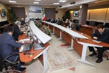 ۱۰ کامیون ایرانی متوقف شده در آن سوی مرزها به زودی به کشور باز میگردند/ نشست هم اندیشی و بررسی مشکلات کریدورهای حملونقل بینالمللی در شرایط شیوع کرونا برگزار شد