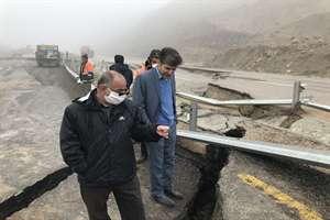 بازدید مدیر کل راه و شهرسازی خراسان شمالی از رانش و مسدود شدن محور بجنورد به آشخانه