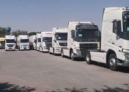 کامیونهای وارداتی با قیمتهای نجومی در سایتهای اینترنتی!