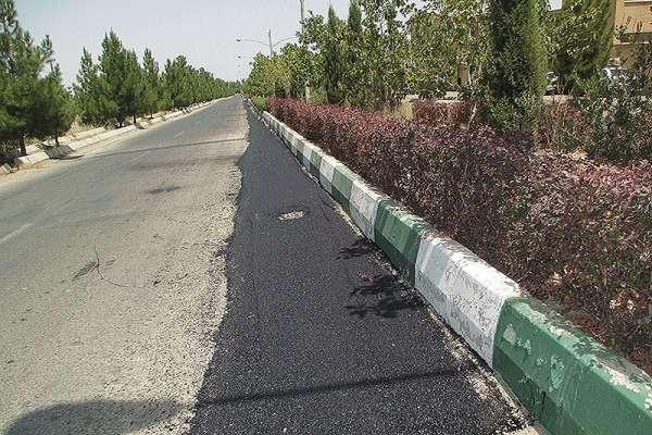 در سال 98 بیش از 24 هزار متر مربع ترمیم ترانشه معابر در منطقه دو شهرداری قزوین انجام شده است